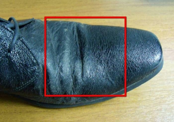 7mGXnPXQzQQ 3 - Как убрать складки и морщины на кожаной обуви