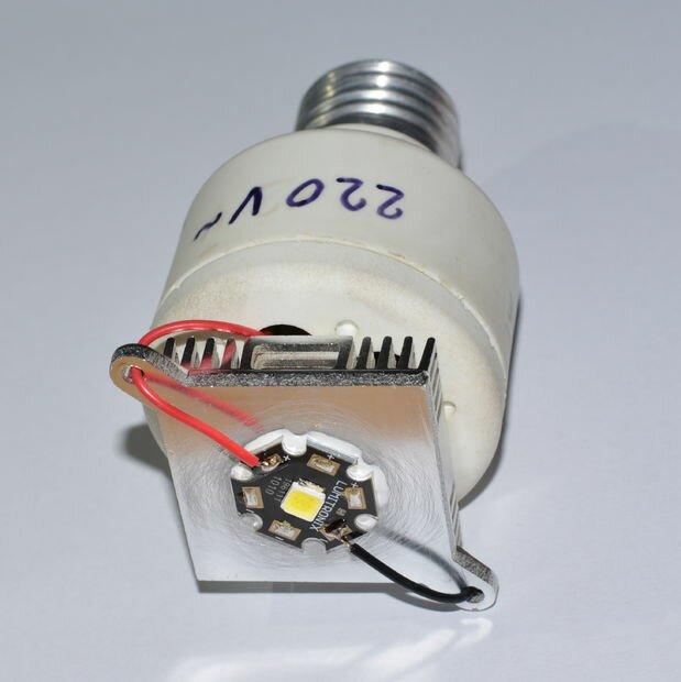 8 3 - Делаем недорогую но очень мощную  светодиодную лампу