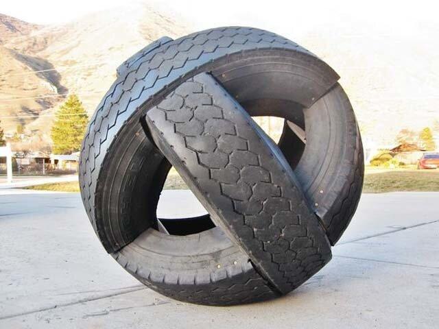 1486556143 ledyanoy chelovek vim hof 9 - Как использовать старые автомобильные шины - садовые дорожки